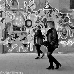 DSCN7017 (Akbar Simonse) Tags: rotterdam holland netherlands nederland people girls candid graffiti streetphotography streetshot straatfotografie straatfoto city urban zwartwit bw blancoynegro bn monochrome vierkant square amsterdam ces53