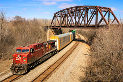 Fried Beaver (sdl39hogger) Tags: cp canadianpacific watertownsub ge generalelectriclocomotives ac4400 dirtyburntbeaver wauwatosa wisconsin