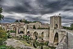 Besalu (Mirem44) Tags: puente gerona besalu españa paisaje pueblo medieval