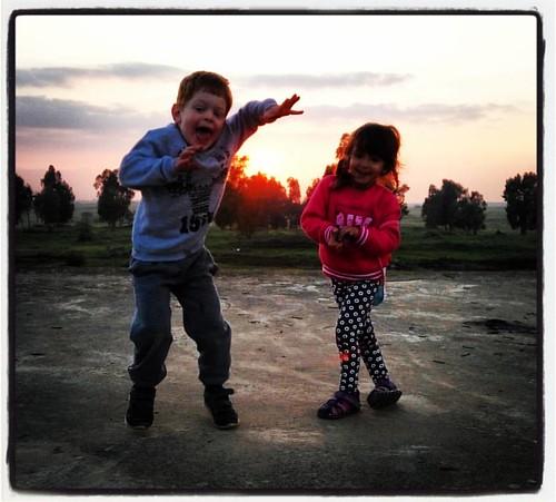 את, אני והשמש #יינ #רשג #שמש #שקיעה #כלהילדיםקופציםרוקדים  #sunset #sun