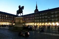 plaza Mayor, (MIL55) Tags: madrid plazamayor philippeiii statue espagne
