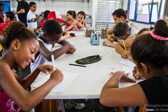 Elisângela Leite_10 (REDES DA MARÉ) Tags: américa brasil complexodamaré doglaslopes favela latina maré marésemfronteiras novamaré ong redesdamaré riodejaneiro aula criança desenho serigrafia