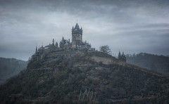 Reichsburg (darkstyle pictures) Tags: germany mosel cochem reichsburg burg castle darkstyle darkstylepictures ramstyle ramstylepictures nikon cold foggy december frosty