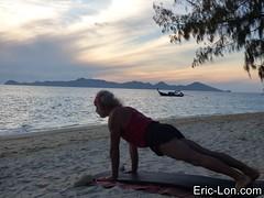 Yoga sun salutations at Kradan (16) (Eric Lon) Tags: kradanyogaavril2017 yoga sunrise salutations asanas poses postures beach plage mer thailand kradan island ile stretching flexibility etirement souplesse body corps fitness forme health sante ericlon