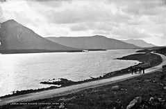 But where's the Recess? (National Library of Ireland on The Commons) Tags: robertfrench williamlawrence lawrencecollection lawrencephotographicstudio thelawrencephotographcollection glassnegative nationallibraryofireland loughinagh recess cogalway connemara lake mountain landscape sidecar road lakesideroad countygalway sruffaunatooreen lough twelvebens jaunty