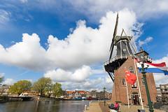 Molen De Adriaan 1779, Haarlem (NL) (Marcelo Campi Amateur photographer) Tags: molino mill molen clouds girl river boats sun flag holland haarlem netherland