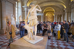 Diana fans (aylmerqc) Tags: paris france muséedulouvre thelouvre louvre gallery museum art beauxarts