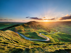 Winding road sunset (Stephen Elliott Photography) Tags: peakdistrict derbyshire hopevalley castleton edale sunset spring mam tor rushup edge olympus em1 mk2 714mm nisi filters reverse grad