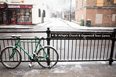 20130120-4219.jpg (peta.ryb) Tags: snow london coffee greenwich january footprints motorbike harleydavidson sledding sledges northgreenwich greenwichpark canningtown o2arena