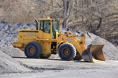 German Flatts JD 624H Loader (RyanP77) Tags: john belt construction dump equipment caterpillar link end steer loader deere skid excavator