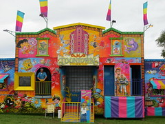House of Fun (jamica1) Tags: carnival canada bc okanagan columbia days september british kelowna rutland toontown