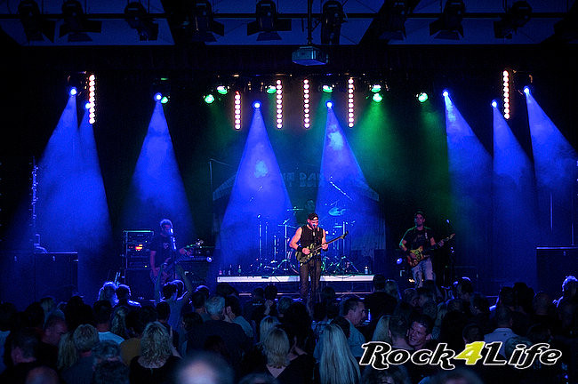 Present Danger  Metallica tribute (14)