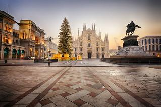 Season's Greetings From Milan - Buone Feste Da Milano
