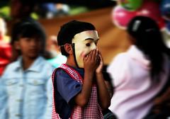Travesura (Cosme28) Tags: portrait miguel de mexico san child mask retrato guanajuato mascara gto nio mx allende cosme cosme28
