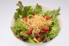 Saladปลาเงินทอด สุดพิเศษจาก[Tenwa Restaurant]