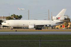 C-GKFD | McDonnell Douglas DC-10-30(F) | Kelowna Flightcraft (cv880m) Tags: miami mia kmia florida cgkfd mcdonnell douglas dc10 d10 dc1030 d1f dc1030f freighter aircargo trijet kelowna flightcraft canada airliner aircraft aviation