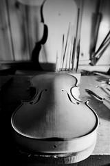 Point of View (emanuele_f) Tags: violin violinmaking liuteria workshop workbench artisan violino mamiyapress mamiya sekor 65mm f63 tilted 6x9 rangefinder mediumfomat fujifilm neopan acros100 r09 150 blackandwhite film analog
