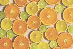 Acido (Ines L. Pisano) Tags: orange lemon lime acid tangy acido naranja limón lima verde amarillo green repeticiones iteration food