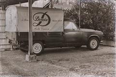 Peugeot 403 (pat 19) Tags: voiture peugeot 403 camionette car oldcar vintage vintagecar voitureancienne alcool denoix sony rx10