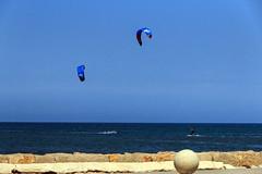 IMG_0451 (jaro-es) Tags: playa platja beach surf blue blau kugel bullet spanien spain spanelsko españa eos70d canon