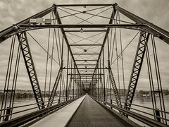 Walnut Street Bridge (jiroseM43) Tags: bridges walnutstreetbridge harrisburg susquehanna river panasonic gx7 1235mm lumix