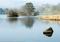 Rydal Water, Lake District (Pexpix) Tags: 10shotmultiexposure day2 island lph lake mist nationalpark reflection rushes rydalwater still water weather rock rydal england unitedkingdom 攝影發燒友