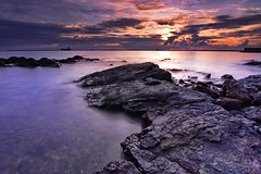 Sunset Melawai Beach (kendasatya) Tags: pemandangan indonesia balikpapan sunrise sunset longexposure longexpo seascape landscape