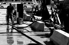 IL PORTO (enricoerriko) Tags: enricoerriko enrico erriko italie italy italia perù sea blù celeste indaco rosso red yellow giallo blackwhite pesca pescatori marinai nyc la beijing colors barche pescherecci portocivitanova civitanovamarche berlin berlino paris milano london germany rome torino zurich lipsia bonn sanmarone sunshine sunset google altavista web sunrise sun moon earth globe grass piazzaxxsettembre lidocluana casadelpopolo murales