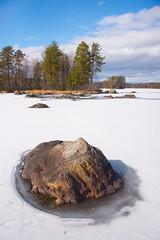 Rock on Icy Lake (talaakso) Tags: finland finnishlandscape ice järvi jää lumi pirkanmaa rock snow spring terolaakso järvimaisema kivi kivikko lake landscape landskap luopioinen pälkäne sjö talaakso fi