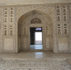 India (Agra-Agra Fort) Chamber of Musamman Burj2 (ustung) Tags: india agra agrafort agrapalace musammanburj decoration marble stoneart nikon