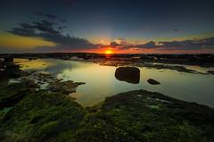 Easter Monday Sunrise (gerryligon) Tags: eastermondaysunrise longreef
