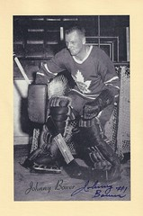 1944-63 NHL Beehive Hockey Photo / Group II - JOHNNY BOWER (Goalie) (Hall of Fame 1976) - Autographed Hockey Card (Toronto Maple Leafs) (#384) (Baseball Autographs Football Coins) Tags: hockey beehive 1934 1967 19341967 groupi groupii groupiii woodgrain torontomapleleafs bostonbruins newyorkrangers montrealcanadiens chicagoblackhawks detroitredwings montrealmaroons newyorkamericans card photos hockeycards brooklynamericans nationalhockeyleague nhl johnnybower goalie hof hhof halloffame hockeyhalloffame