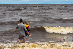 Photodepatricklevesque_I7D_0204.jpg (patrick_levesque) Tags: boogieboard famillelevesque lacsaintjean plage vagues