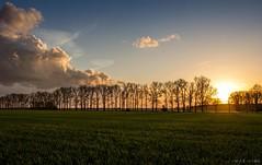 still better than easter fire (chris4all) Tags: chris4all nature sunset sonnenuntergang sonne natur landscape landschaft abend april frühling wolken himmel dämmerung