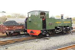 Coaling up 1213. (aitch tee) Tags: valeofrheidolrailway maintenance narrowgauge walesuk