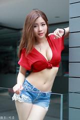 IMG_6675-D-P-L (攝影玩家-明晏) Tags: 人 美女 辣妹 pretty 戶外 陳姿含 girl woman 女人 女孩 outdoor taiwan taipei 外拍 東區 性感 sexy portrait 女性 md model sg showgirl canon 70d sigma