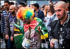 The Sad Demise of The Carnival Queen (Photoburglar) Tags: nottinghill carnival fujifilm xe2 people candid street drunk london urban