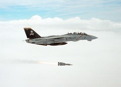 020924-N-1955P-001 (darkfriday) Tags: aircraft cvn73 f14 jollyrogers magtf mediterraneanshark missile ordnance phoenixairtoairmissile tomcat ussgeorgewashington vf103 weapon ussgeorgewashingtoncvn73