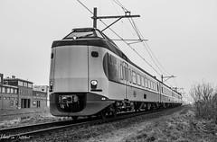 Dutch train (M van Oosterhout) Tags: train railway classic national railways track holland netherlands nederlandse spoorwegen ns alphen aan den rijn