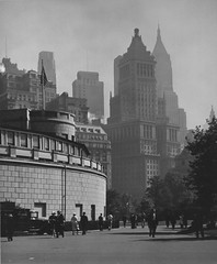 Battery Park - Manhattan, New York 1930's (cobravictor) Tags: batterypark downtownmanhattan skyline skyscrapers bw vintage old city architecture newyorkcity ny nyc