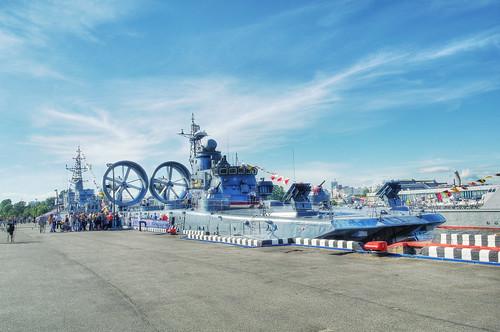 Zubr-class LCAC 'Eugeniy Kocheshkov', Saint-Petersburg               Десантный корабль на воздушной подушке проекта 12322 «Зубр»