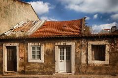 Derelict (Luis-Gaspar) Tags: portugal oeiras cityscape paisagemurbana derelict abandonado emruinas old velho village vila house casa urban urbano nikon d60 18105 f8 1100 iso100