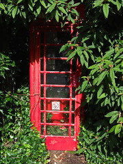 Disappearing Telephone Box  (taken 2010) (nz_willowherb) Tags: scotland perthshire lochtay kenmore telephonebox disappeared