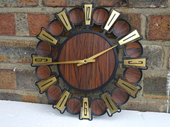 1960's 1970's Mid Century Faux Teak & Steel Envoy Wall Clock Made In Japan 5 Car Boot Sale Yesterday (beetle2001cybergreen) Tags: clock beauty car japan wall century boot this sale steel cant made wait faux to 1960s 1970s mid put envoy powered teak the in 5 yesterdaybattery