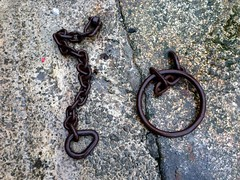 Looe Mooring Chain 4 (verdelite) Tags: iron harbour ring chain mooring