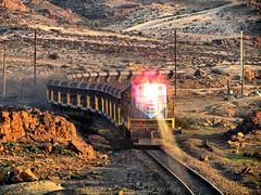 424 (Train'shadow) Tags: chile train tren trenes puerto los diesel trains mina electro multiple locomotive desierto motive division freight norte locomotora chilean hierro emd colorados vallenar huasco empalme freirina gr12 ferronor chehueque