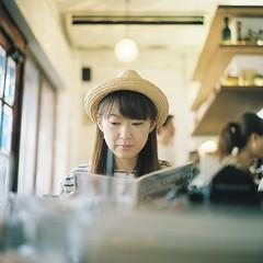 sugar (**mog**) Tags: portrait rolleiflex portra400