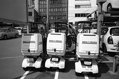 Toshiba Elevator Co. (komehachi888) Tags: kobe klasse selfdeveloped agfaapx100 mumbling filmshots