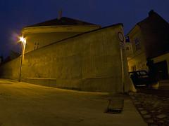 Győr, Hó köz (- anTi -) Tags: city hungary olympus fisheye magyarország gyor győr épület építészet kékóra club16 halszem e620