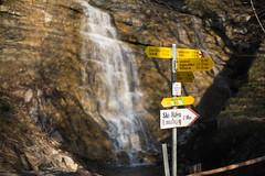 Sargans to Wildhaus (Toni_V) Tags: m2403811 rangefinder messsucher leicam leica mp typ240 35lux 35mmf14asphfle summiluxm dof bokeh wegweiser rheintalerhöhenweg sarganswildhaus stgallen hiking wanderung randonnée escursione waterfall wasserfall switzerland schweiz suisse svizzera svizra europe ©toniv 2017 170414